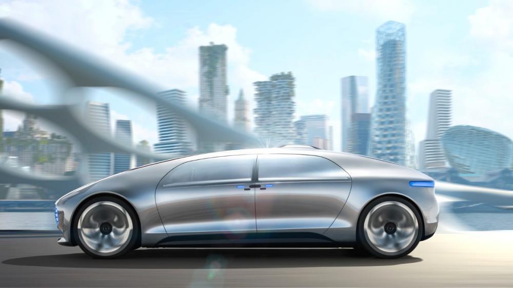 01-Mercedes-Benz-F-015-Luxury-in-Motion-1180x686-e1420647258641.jpg