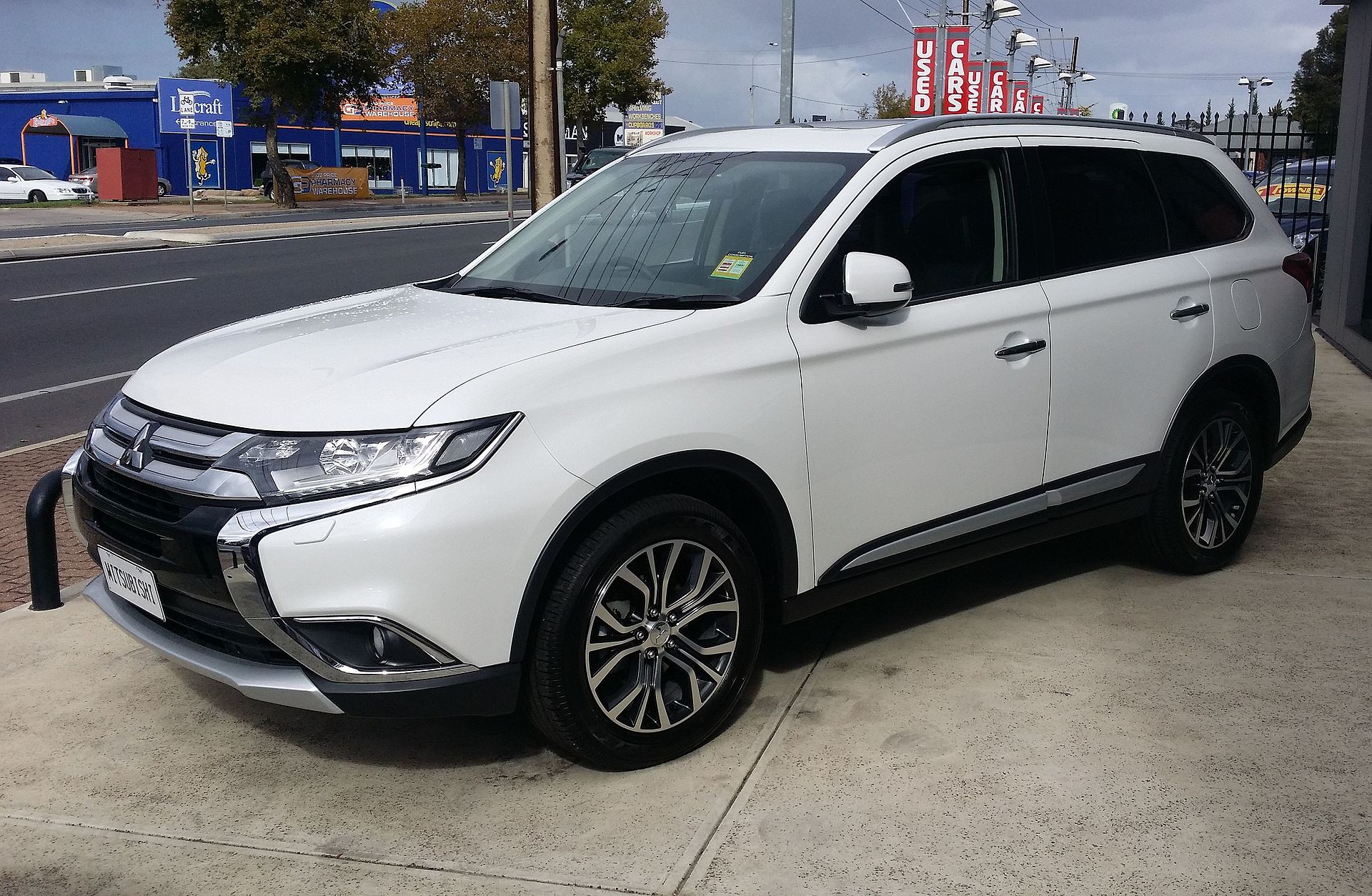 2015_mitsubishi_outlander_exceed_did_ 17167498526 jpg