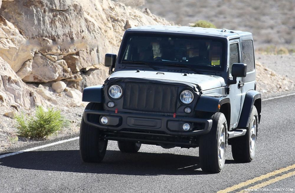 2018-jeep-wrangler-test-mule-spy-shots--image-via-s-baldauf-sb-medien_100525761_h.jpg