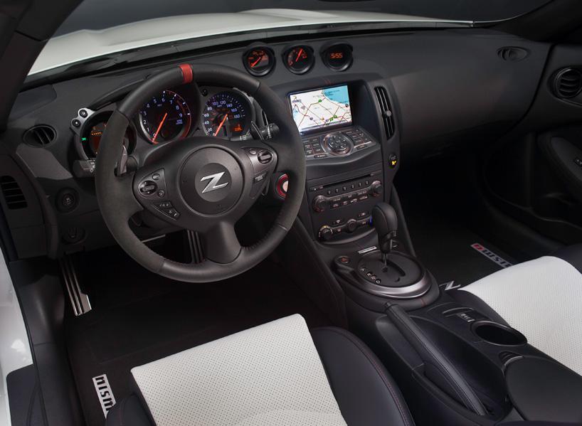 nissan-370Z-nismo-roadster-concept-designboom08.jpg
