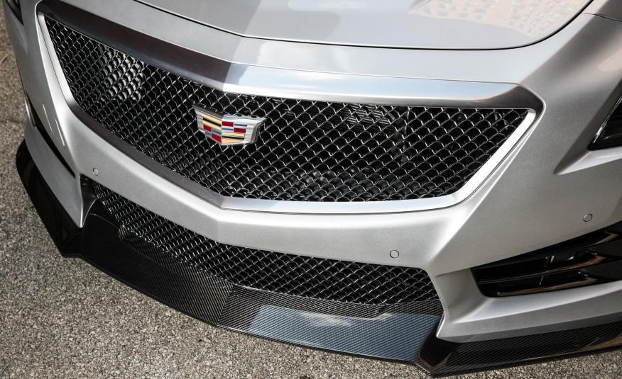 2016-Cadillac-CTS-V-117-876x535.jpg