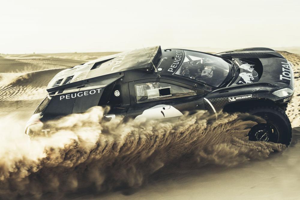 the-peugeot-2008-dkr16-dakar-rally-car-makes-its-debut.jpg