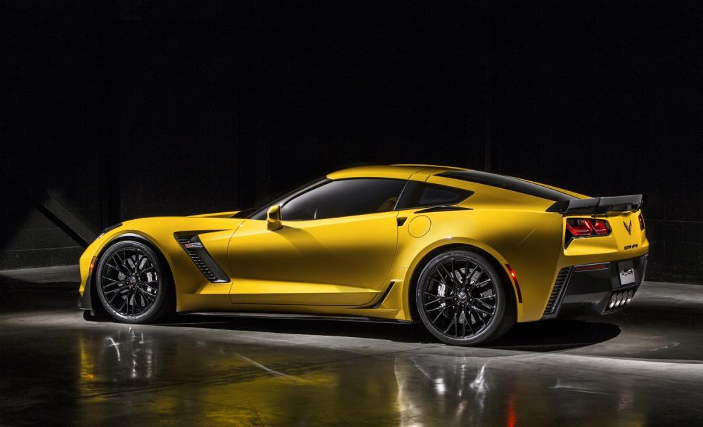 2015-chevrolet-corvette-z06-30.jpg