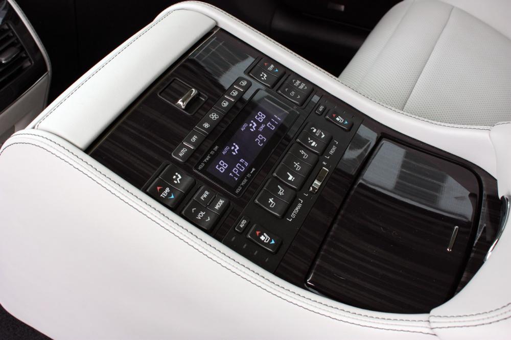 023-2013-lexus-ls-600h-l-quick-spin.jpg