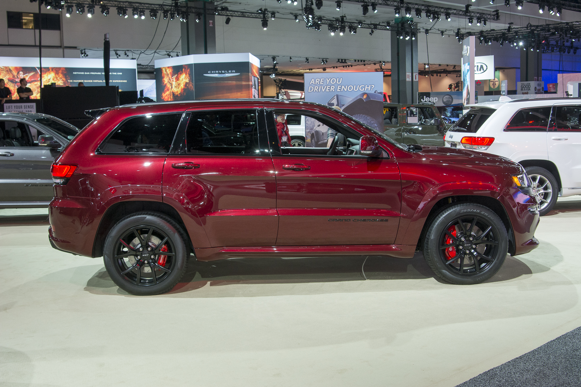 2016 jeep grand cherokee srt special editions jeep. Black Bedroom Furniture Sets. Home Design Ideas