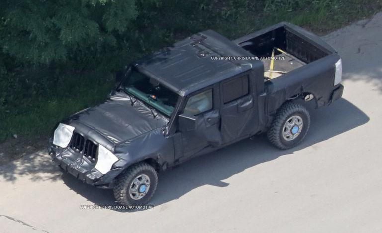 Jeep wrangler unlimited pickup.jpg
