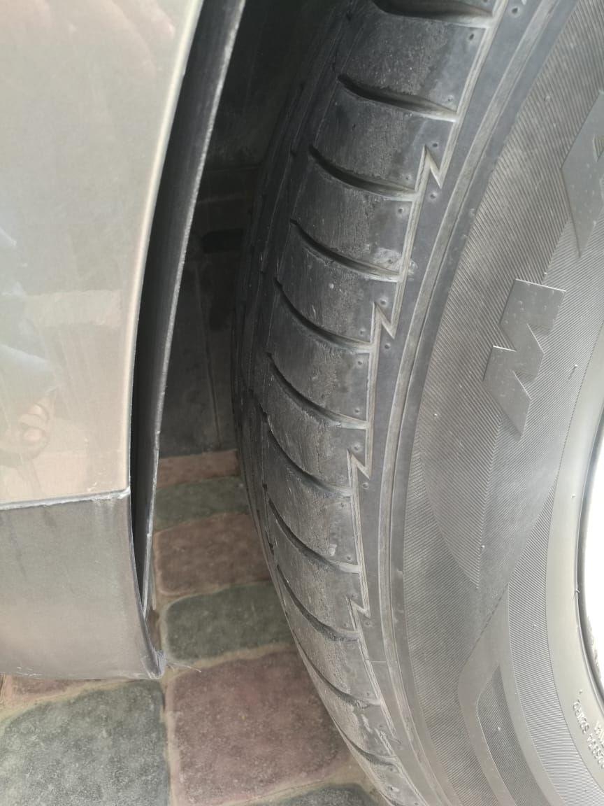 Front Left Tyre Shoulder.jpeg