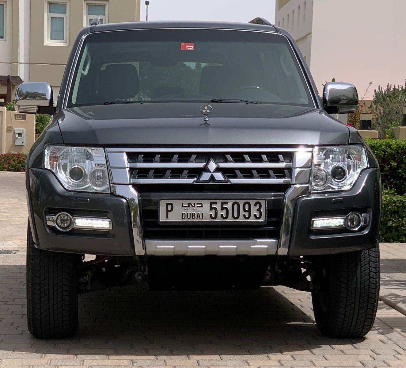 Front bumper trim.jpg